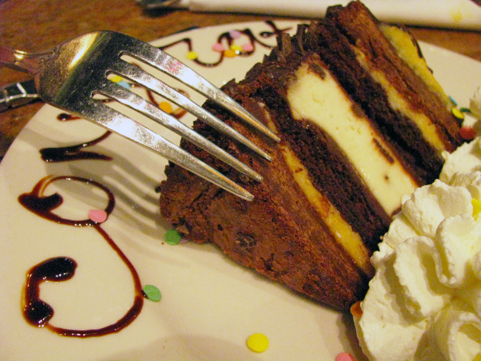 Calories In Cheesecake Factory Chris Outrageous Chocolate Cake