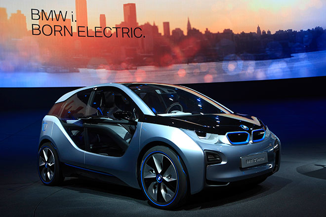 Bmw Teases Us With Two Electric Concepts Steven Ho Official Site